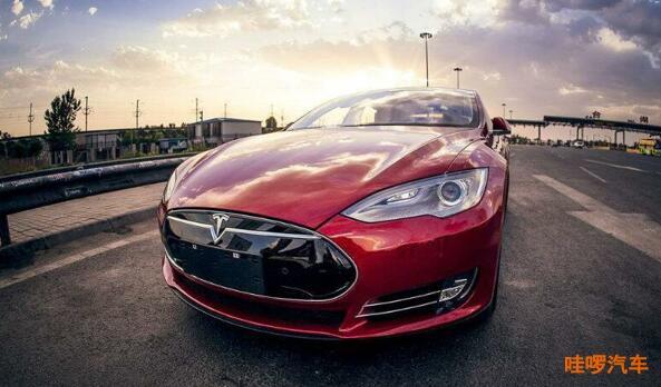 特斯拉Model 3创造新驾驶记录 惜油模式续航达975公里